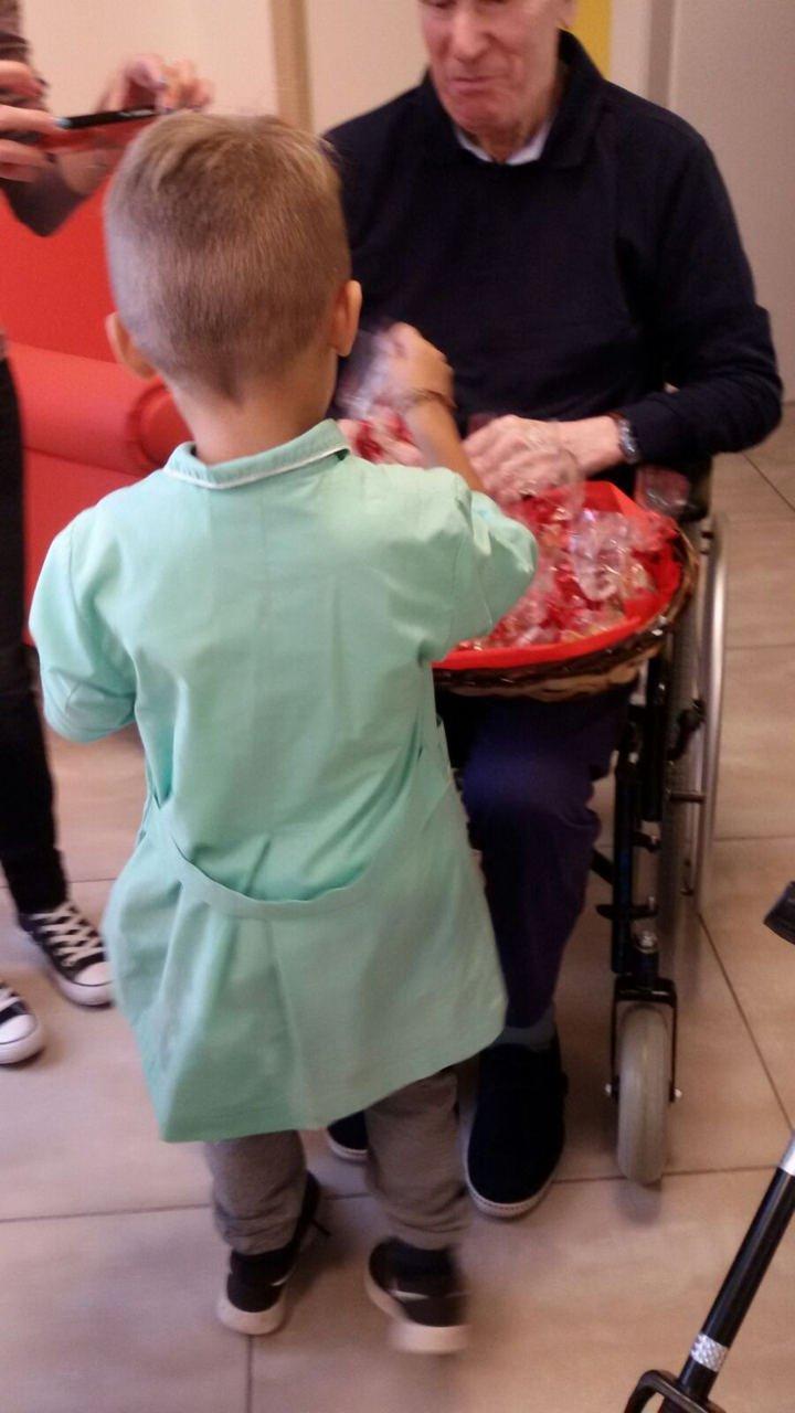 2 Ottobre 2018 - Festa dei Nonni - Tutti in visita alla Residenza Leopardi